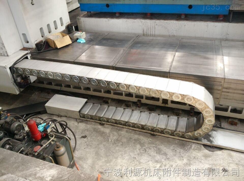 西安数控机床伸缩式钢板防护罩