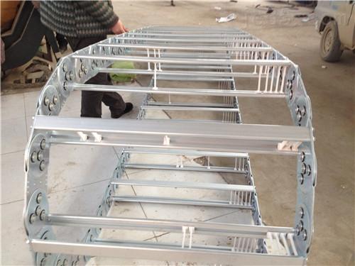机床TLG型全封闭钢制拖链