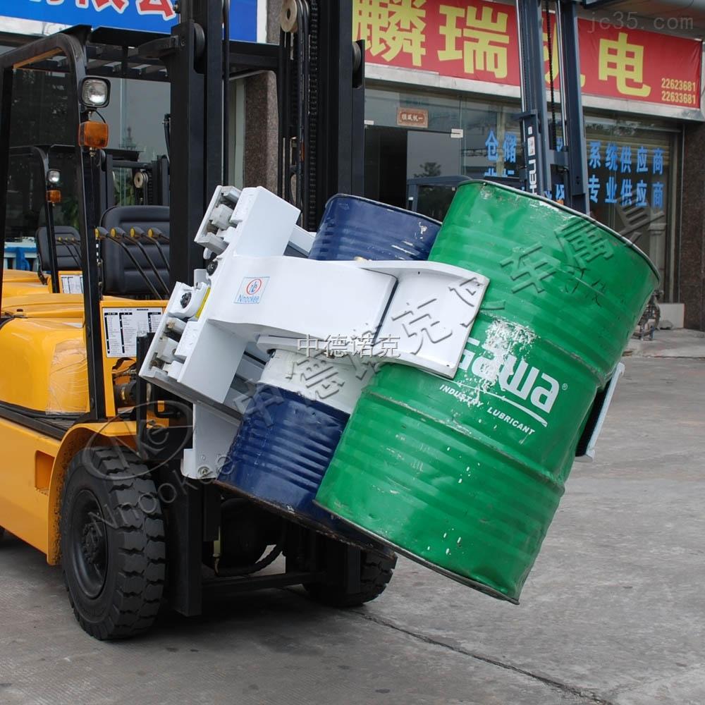 广东佛山供应全新油桶夹叉车属具厂家