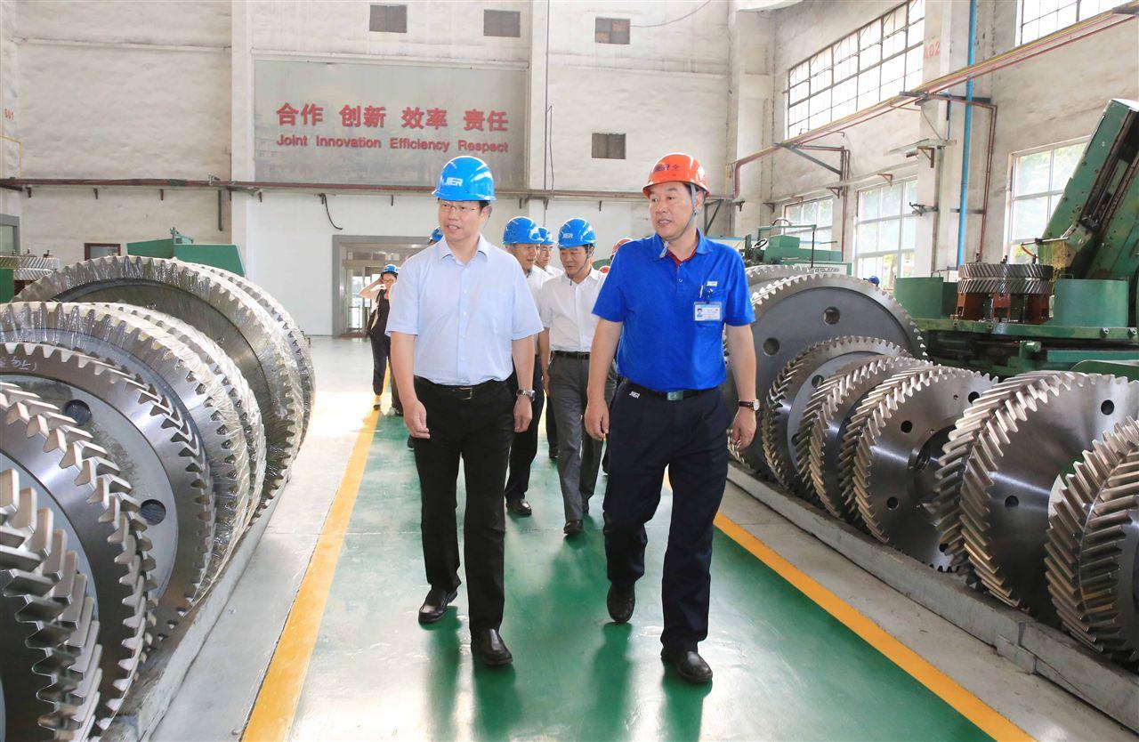 中华全国总工会领导到济南二机床调研