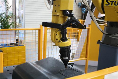 汽车制造开启轻量化模式 3D打印功不可没