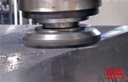 环球机械动梁式三头龙门铣大型材料表面加工视频
